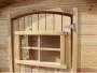 Porte avec fenêtre à croisillons fermée par un plexiglass