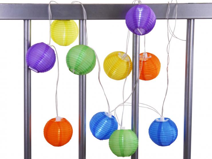 Illuminez et colorez votre balcon !