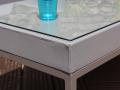 Table basse en aluminium thermolaqué coloris taupe avec plateau en verre trempé 5 mm