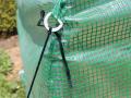 Ancrage au sol à l'aide de sardines
