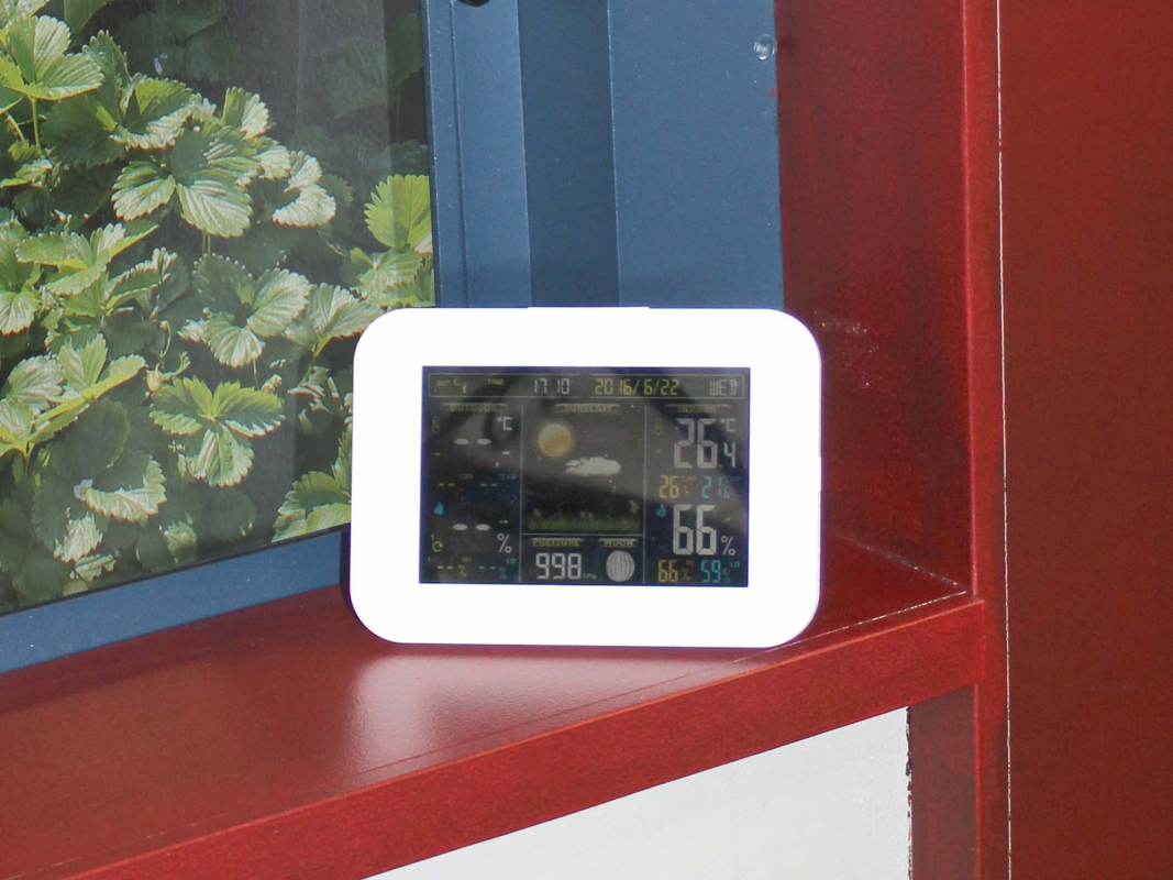 Station m t o sans fil cran couleur for Station meteo avec capteur exterieur sans fil